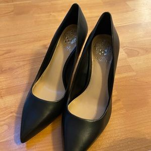 Vince Camuto • NWT • 6.5